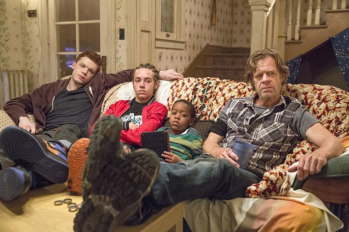 Cameron Monaghan as Ian, Ethan Cutkosky as Carl, Brandon/Brenden Sims as Liam, William H. Macy as Frank.