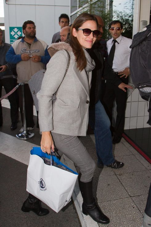 Jennifer Garner is seen arriving at 'Le Bourget' airport on October 16, 2012 in Paris, France.