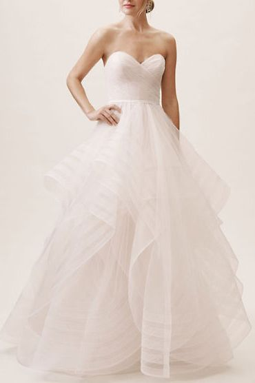 17223e46cad2 18 Pretty Wedding Dresses You Can Buy Online
