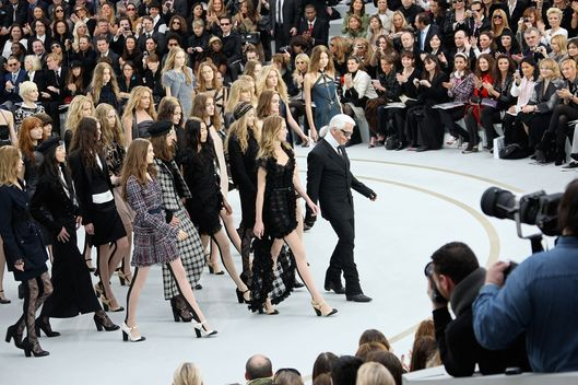 "29 Feb 2008 --- German designer Karl Lagerfeld and his models on the catwalk during the ""Chanel"" fall/winter 2008-2009 fashion show in Paris. --- Image by ? Stephane Cardinale/People Avenue/Corbis"
