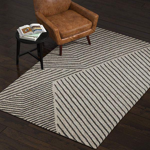 Rivet Wool Rug, 5'x8'