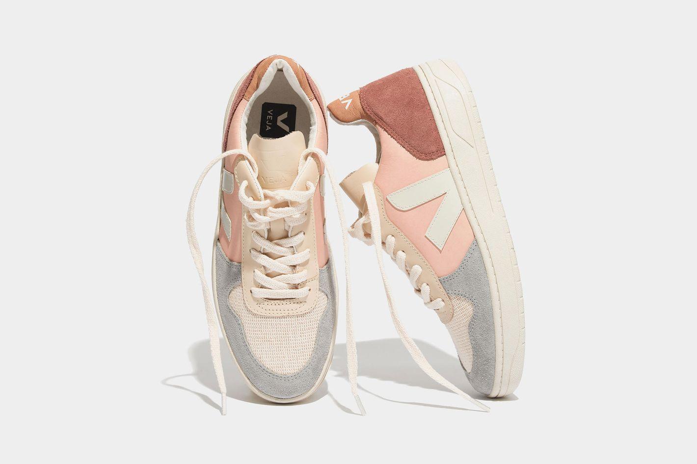 Veja V-10 Colorblock Sneakers