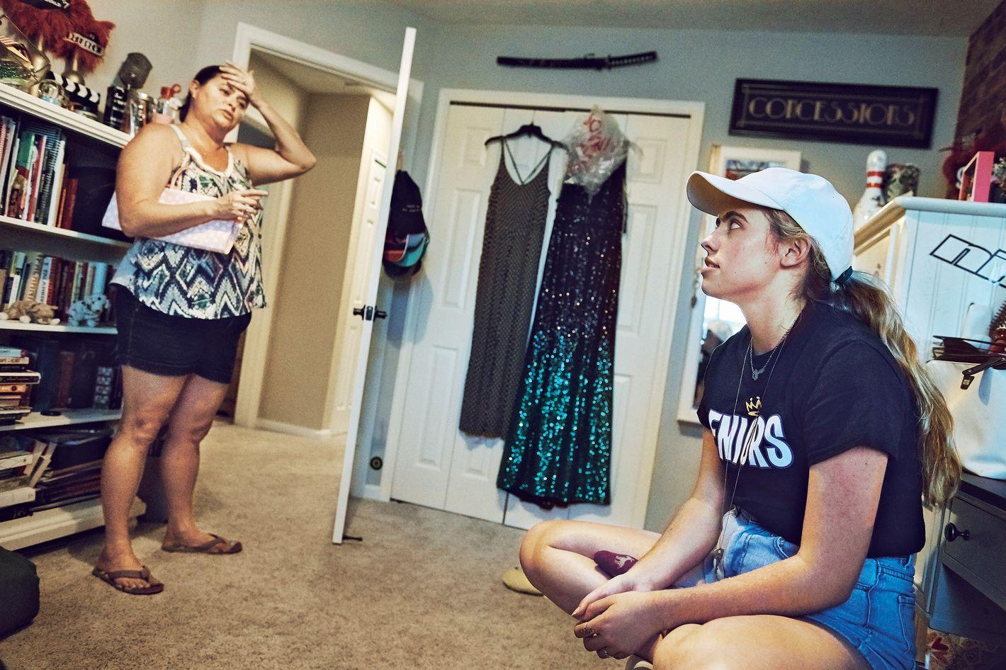 Selfie Cleavage Kayleigh Morris  nudes (19 photos), 2019, underwear