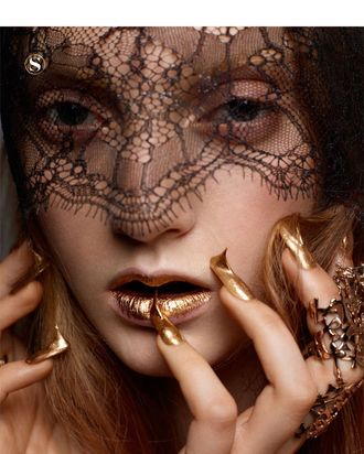 Codie Young for <em>S Moda</em>.