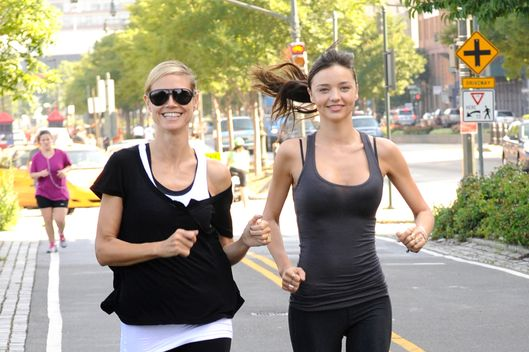 (EXCLUSIVE, Premium Rates Apply) (EXCLUSIVE COVERAGE) Miranda Kerr joins Heidi Klum on her AOL Summer Run on July 9, 2011 in New York City.