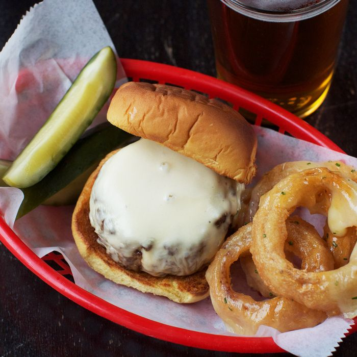 This is your last chance to eat Wylie Dufresne's beer-cheese burger.