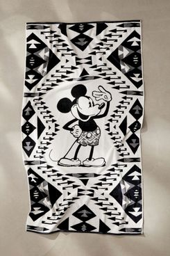 Pendleton Disney's Mickey Salute Bath Towel