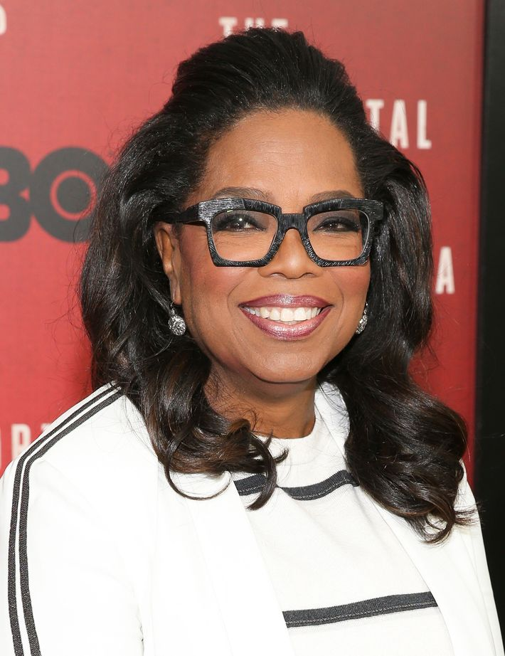 How oprah keeps her natural hair so beautiful mama oprah and her beautiful hair photo bennett raglinwireimage urmus Image collections