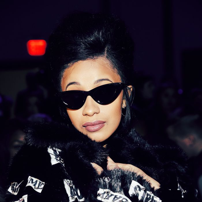 1885c8b59f What Did Anna Wintour and Cardi B Talk About at Fashion Week