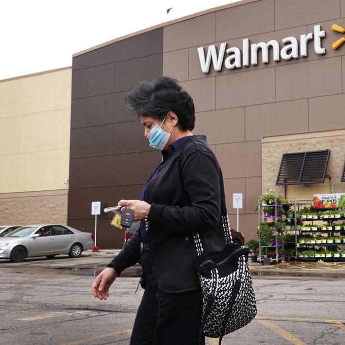 Walmart Will Finally Make Customers Wear Masks