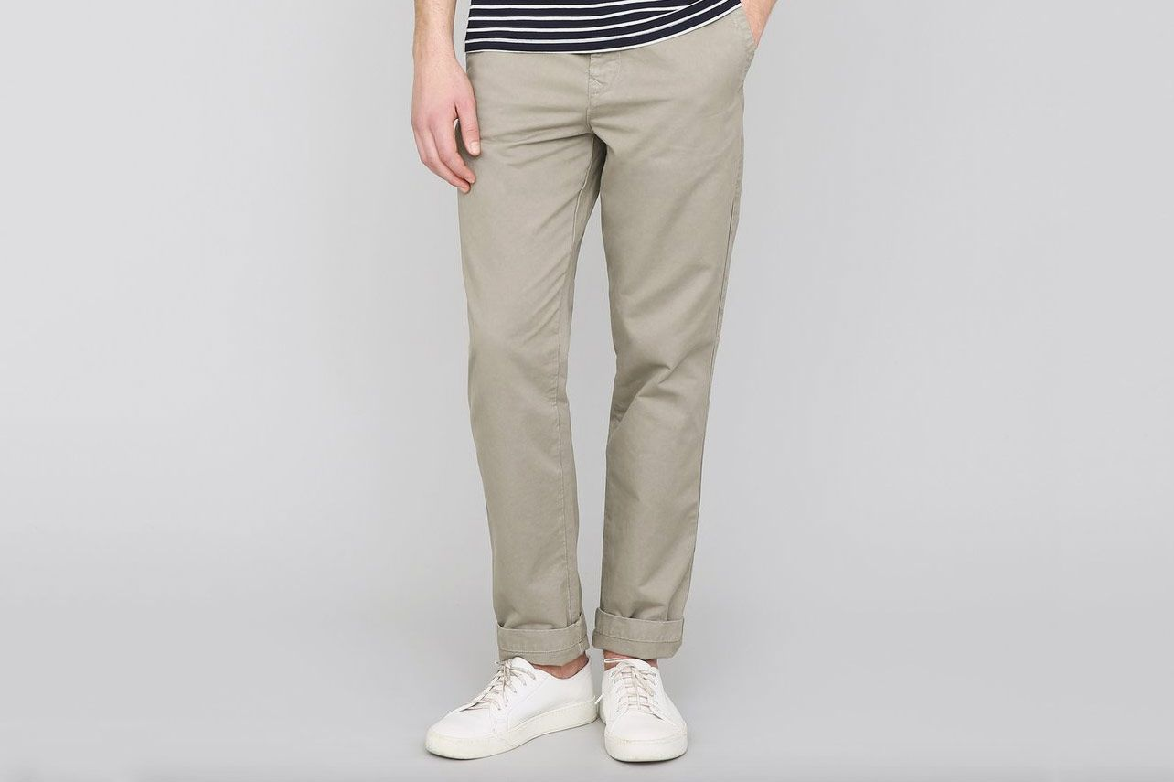 Save Khaki United Bulldog Twill Full Taper Chino