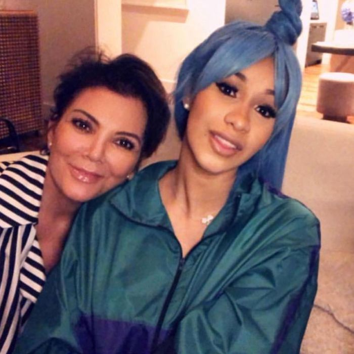 df46ea78843 Cardi B s Bright Blue Hair Matches Her Lamborghini
