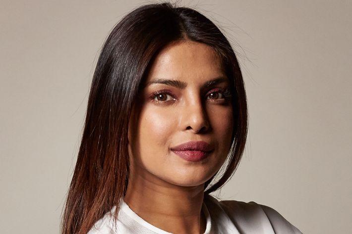 priyanka-chopra-fashion-sex-scene