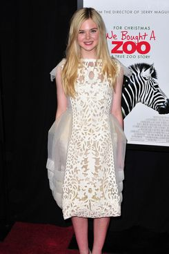"NEW YORK, NY - DECEMBER 12:  Elle Fanning attends the ""We Bought a Zoo"" premiere at Ziegfeld Theater on December 12, 2011 in New York City.  (Photo by James Devaney/WireImage)"