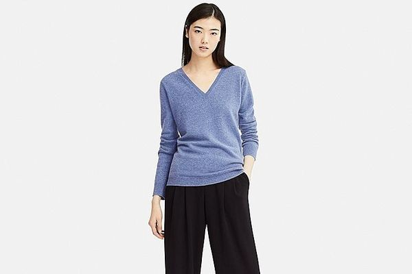 Women's Cashmere V-neck Sweater
