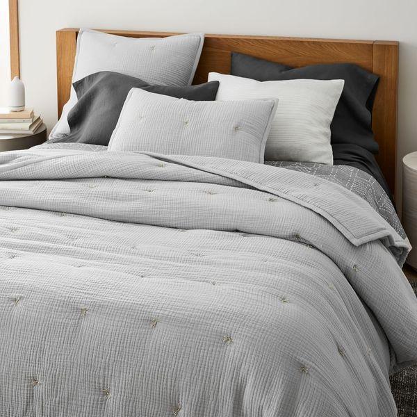 West Elm Dreamy Gauze Cotton Quilt Frost Gray