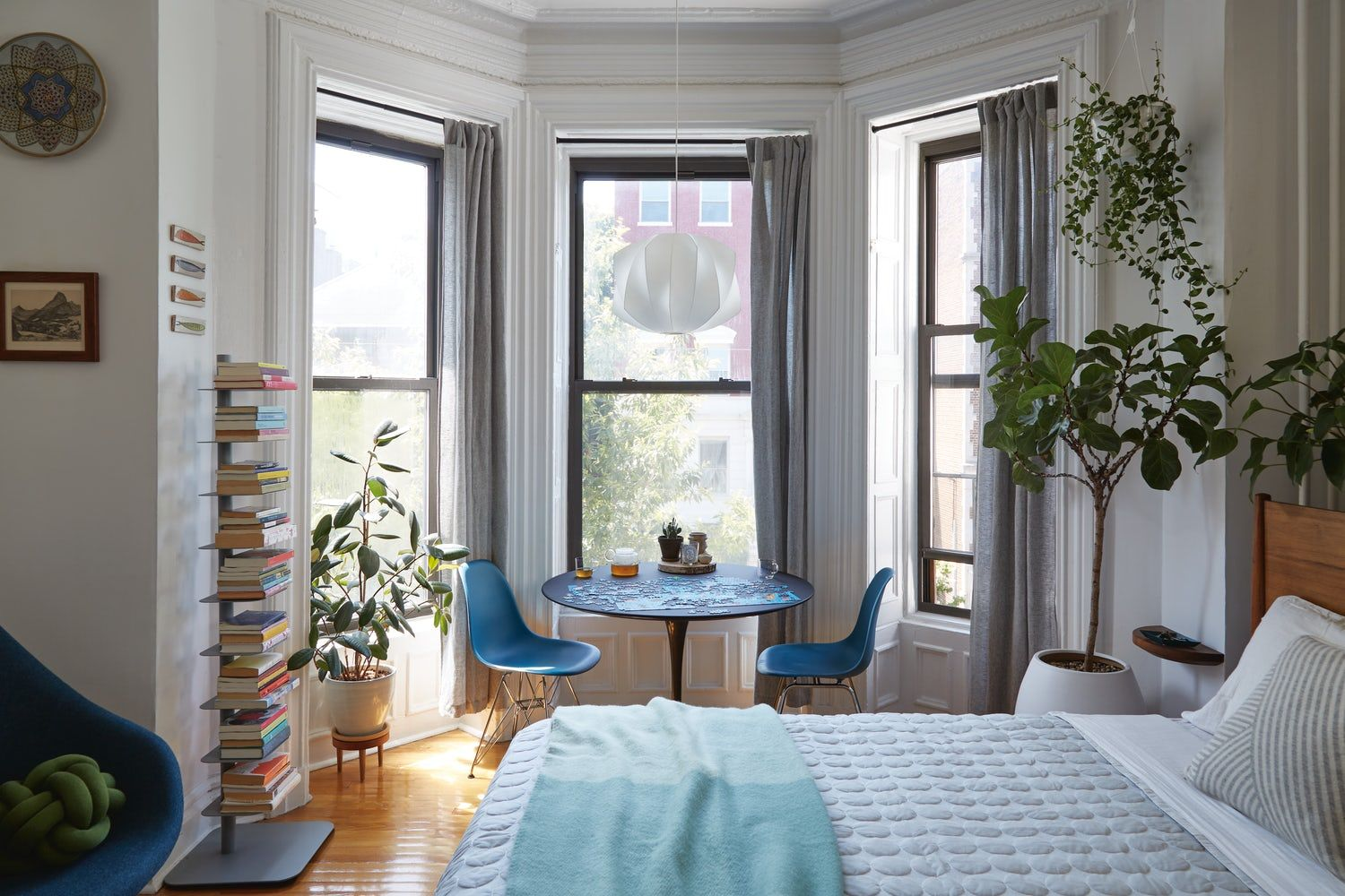 How To Organize A Small Apartment 2021, Apartment Dining Room Into Bedroom Ideas