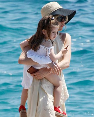 Sienna Miller with her daughter during the Cannes Film Festival 2015.