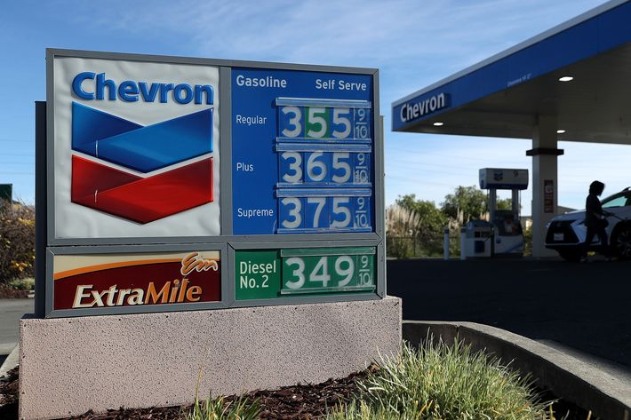 Gas Prices In California >> Higher Gas Prices A Headache For Gop Except In California