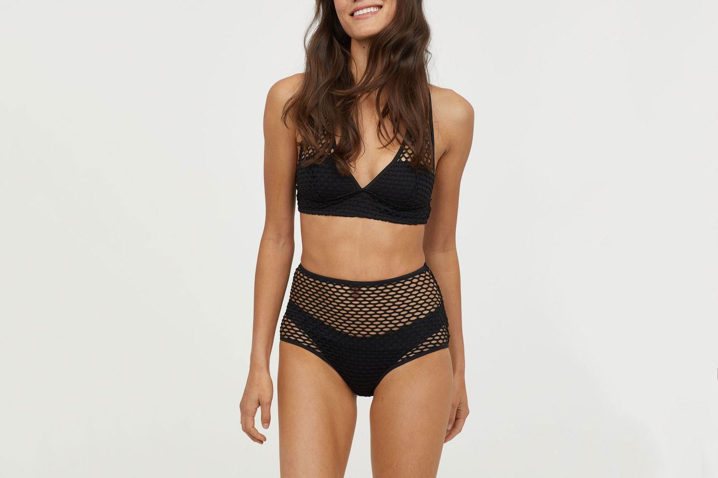 d5b57f8d289aa 21 Cute High-Waisted Bikinis to Wear This Summer