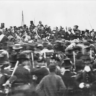US President Abraham Lincoln (1809 - 1865) arrives at Gettysburg in Pennsylvania, to deliver the Gettysburg Address, 19th November 1863.