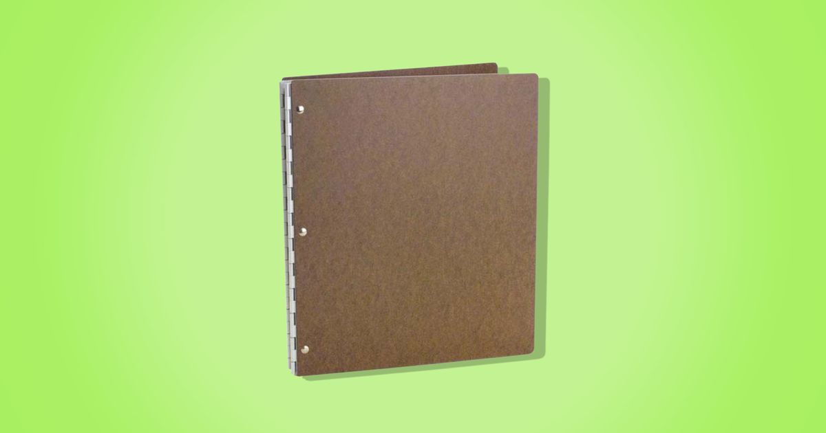 The Handsome Binders That Graydon Carter Splurges on (That You Can Buy on Amazon)