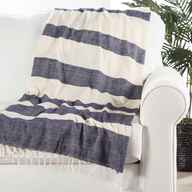 Gattilier Essential Handloom Modern Throw Blanket