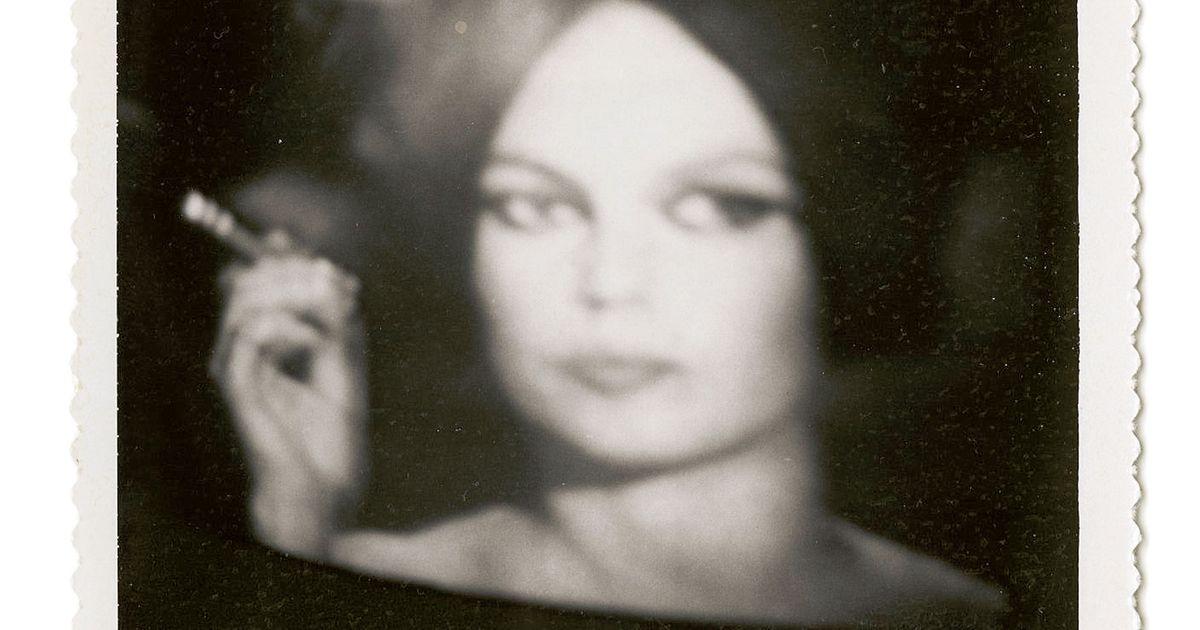 12 actress polaroids w1200 h630