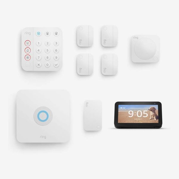 Ring Alarm 8-piece kit bundle with Echo Show 5