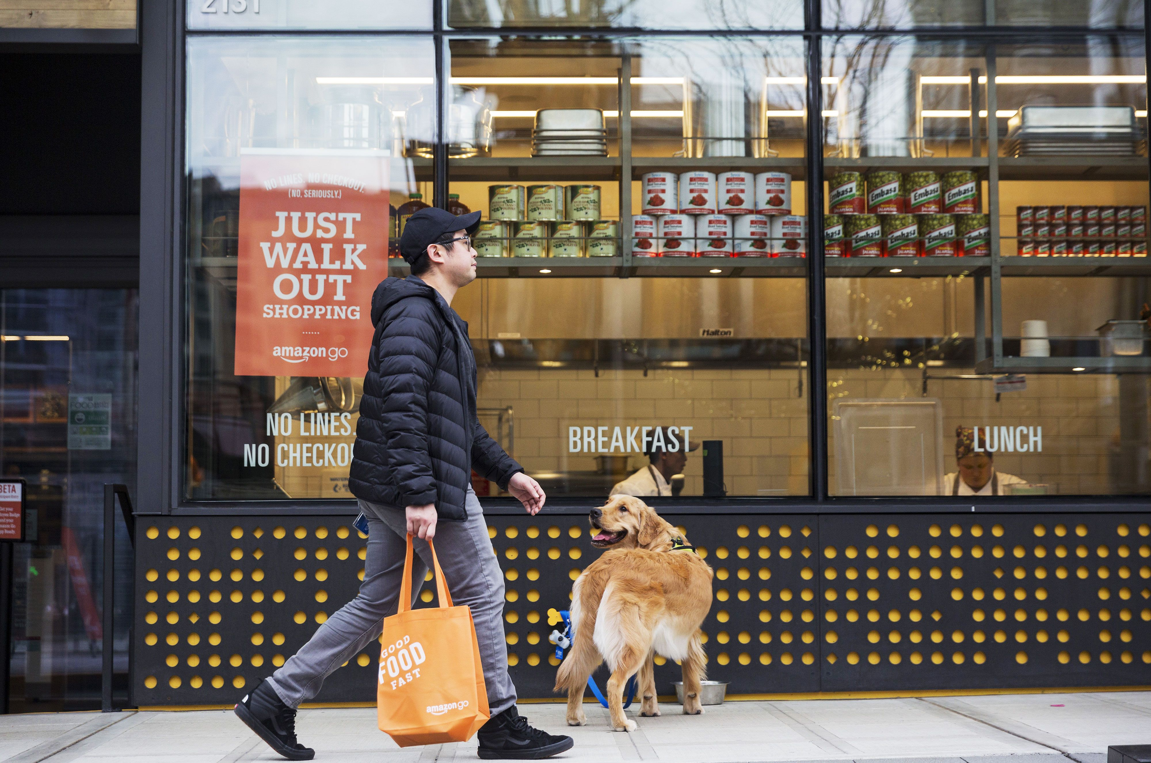 Inside The New Amazon Go Cashierless Convenience Store