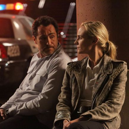 "THE BRIDGE - ""Vendetta"" - Episode 8 (Airs, Wednesday, August 28, 10:00 pm e/p) Pictured: (L-R) Demian Bichir as Marco Ruiz, Diane Kruger as Sonya Cross. CR: Byron Cohen/FX Network"