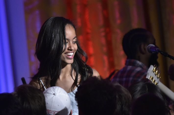 Malia Obama Lands Dream Internship in Hollywood!