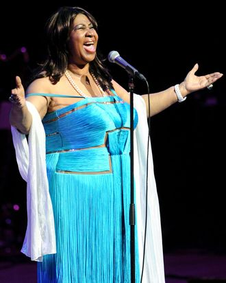 Aretha Franklin Had An Outfit Change Every Day Of Her Viewing