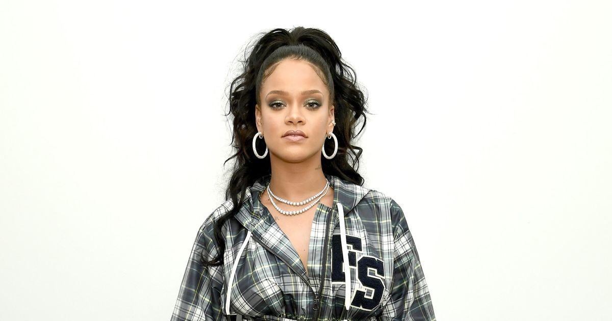 f3ff961c50ea3 Rihanna on Fenty