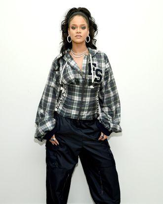 0ccd679297a8 Rihanna on Fenty