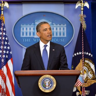 US President Barack Obama speaks following a meeting with congressional leaders in the Brady Briefing Room of the White House on December 28, 2012 in Washington, DC. Obama met with congressional leaders for talks aimed at avoiding the