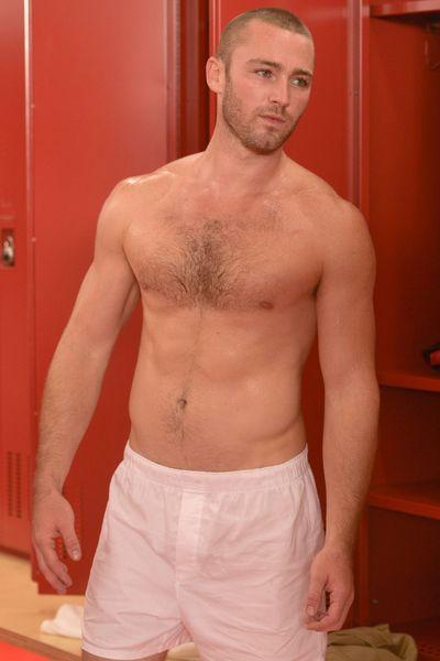 Jake McLaughlin on 'Quantico'