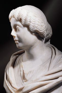 Hairdresser-archaeologist Janet Stephens is known for styling ancient updos, like Faustina the Younger's pictured here.
