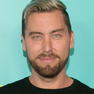 e921caeb A Roller-Coaster Timeline of Lance Bass's Attempt to Buy the Brady Bunch  House