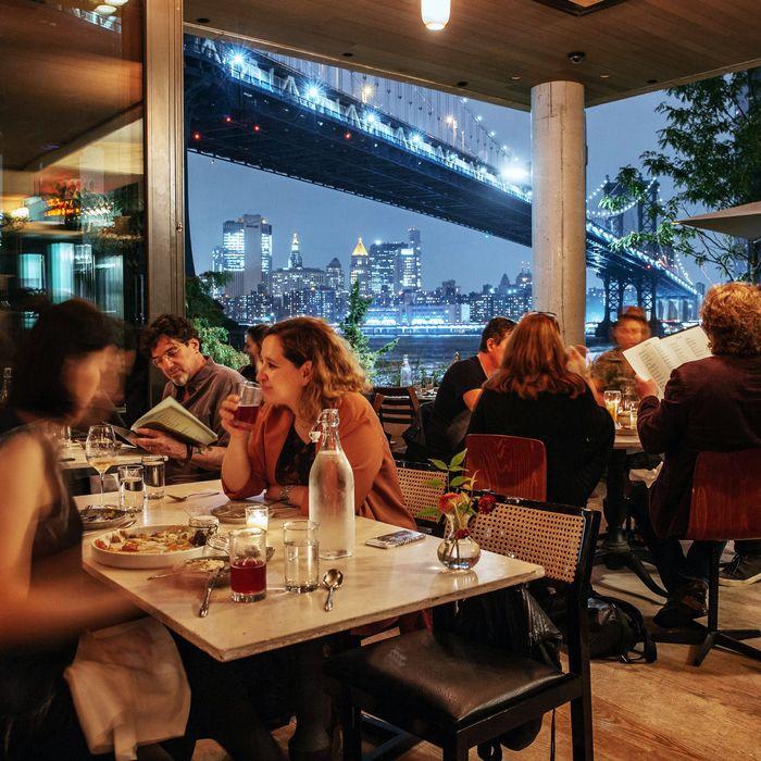 Restaurants In: The Absolute Best Restaurants In Dumbo And Vinegar Hill