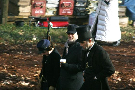 Spielberg, Day-Lewis, and boy during Lincoln filming (Newscom TagID: zumawirewestphotossix034259) [Photo via Newscom]