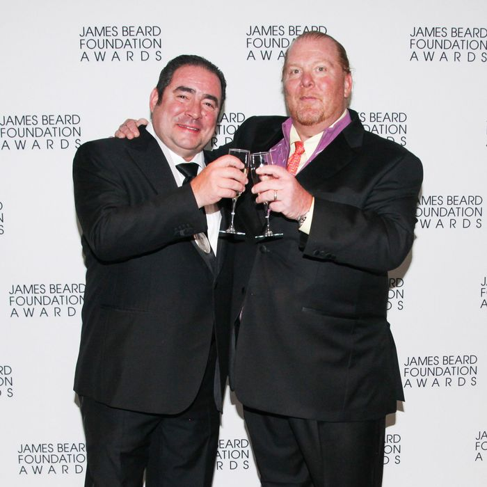 http://pixel.nymag.com/imgs/daily/grub/2013/05/07/07-emeril-lagasse-mario-batali-james-bead-awards.jpg