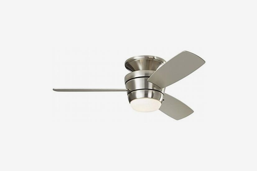 harbor breeze mazon flush mount indoor ceiling fan with light kit and remote,  brushed nickel