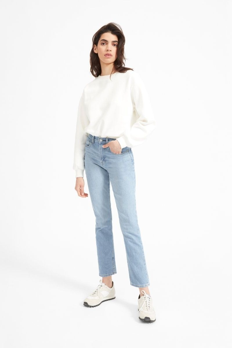 Everlane Cheeky Straight Jean
