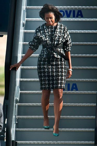 MObama in Thakoon advise