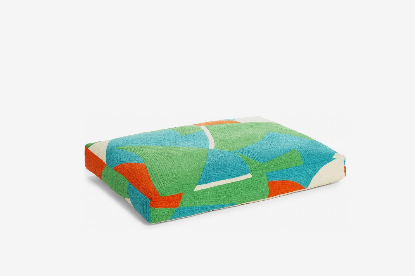 Dusen Dusen Terra Embroidered Dog Bed