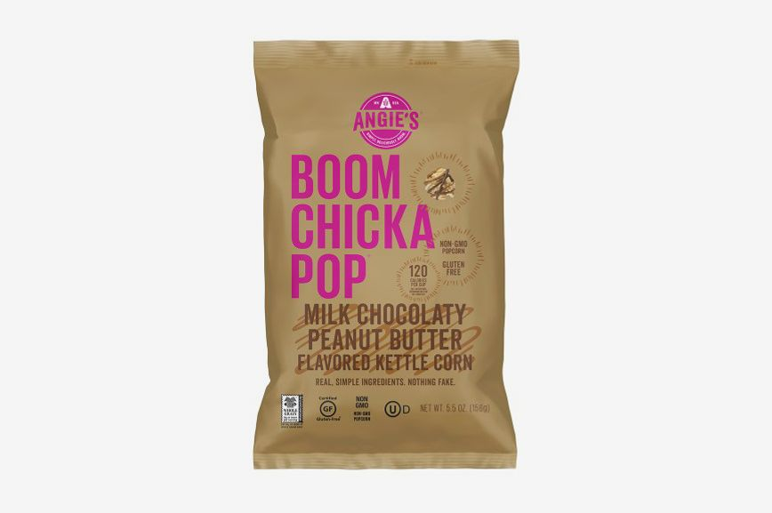 BOOMCHICKAPOP® Indulgent Milk Chocolaty Peanut Butter Flavored Kettle Corn