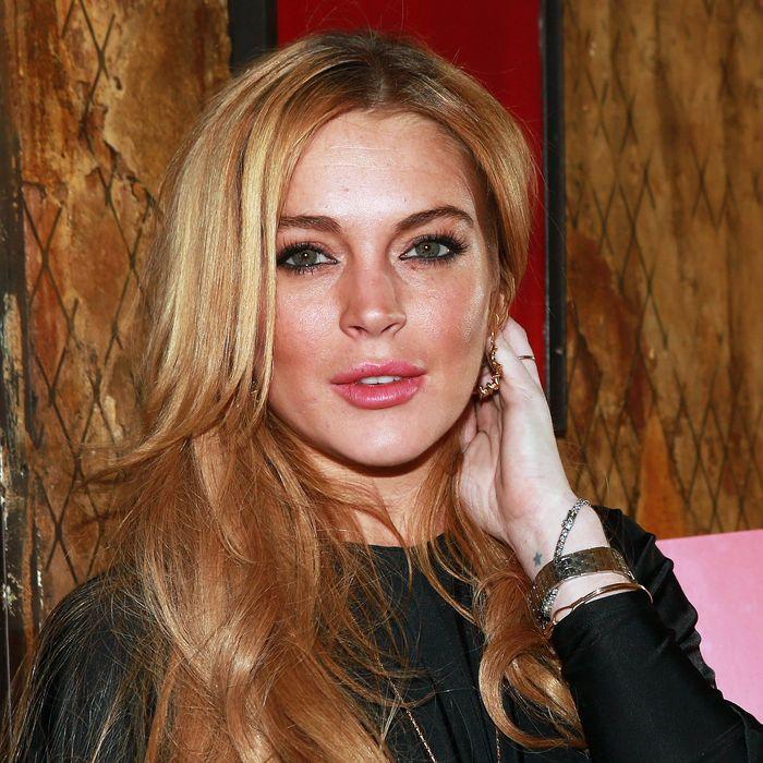 Lindsay Lohans stolen laptop may contain racy photos