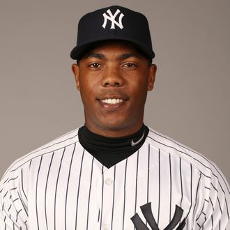 5e398bea0e3 Yankees Pitcher Aroldis Chapman Suspended 30 Games for Allegedly ...