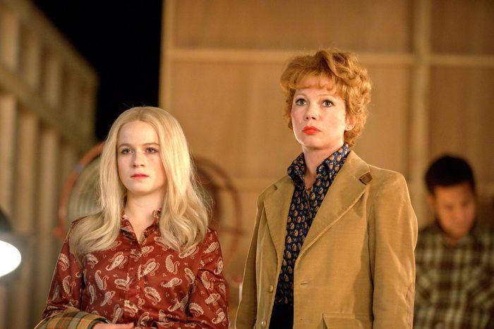 Juliet Brett as Nicole Fosse, Michelle Williams as Gwen Verdon.